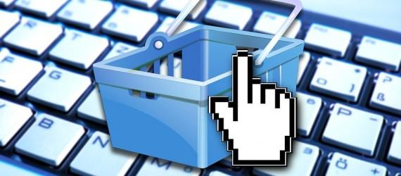 Tastatur mit darüber gelegtem Warenkorb und Mauszeiger - Vertriebsberatung - kaufen